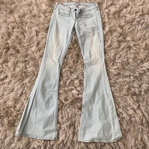 Sexy light wash jeans